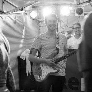 Profiel foto van de Zanger/gitarist van de coverband Ten:15